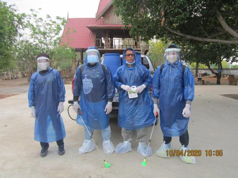 อบต.หนองชัยศรี ออกพ่นยาป้องกันการแพร่ระบาดโรค COVID-19